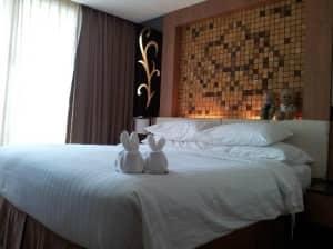 Centara Nova Hotel &amp; Spa Pattaya - Centara Boutique Collection comfy bedroom