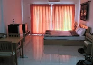 Jomtien Hostel bedroom