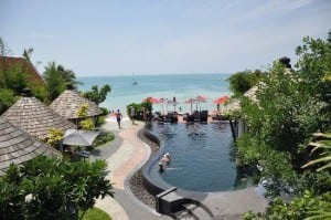 Kirikayan Boutique Resort Samui pool and beachfront