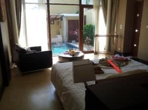 Pawanthorn Samui bedroom view with pool