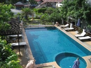 Sea Breeze Place Lamai pool side view