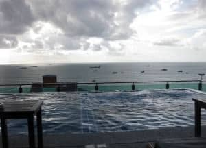 Sea me spring too Pattaya Rooftop Swimming pool