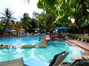 Twin Palms Resort Pattaya pool