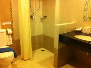 Amata Resort toilet and shower Patong Phuket