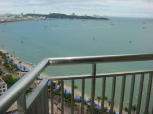 Holiday Inn Pattaya view from balcony of the beach