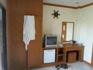 Lekpong Guesthouse Patong Room