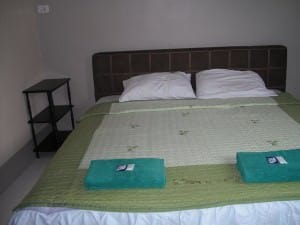 Pineapple Guesthouse Karon Phuket bed in the room